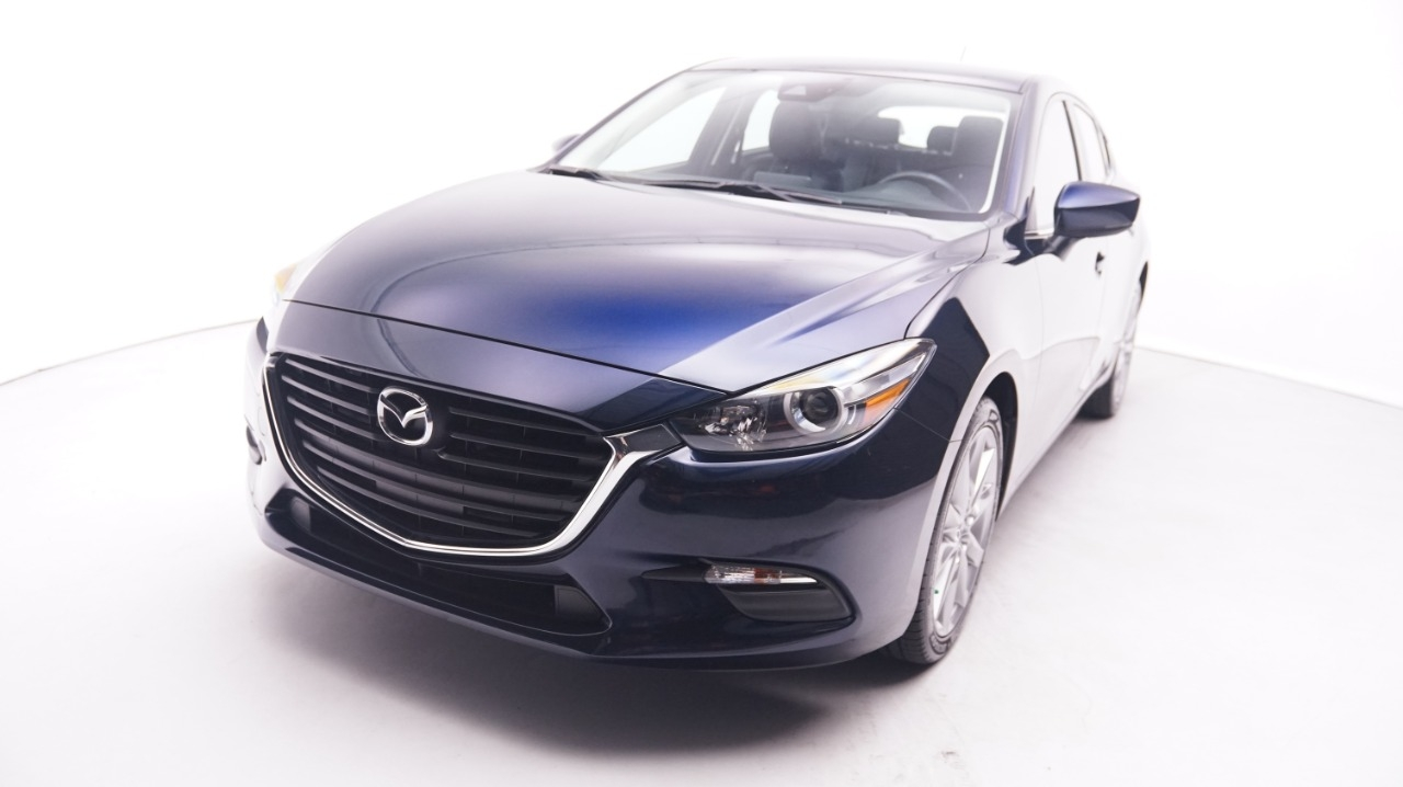 Pre-Owned 2017 Mazda3 5-Door Touring