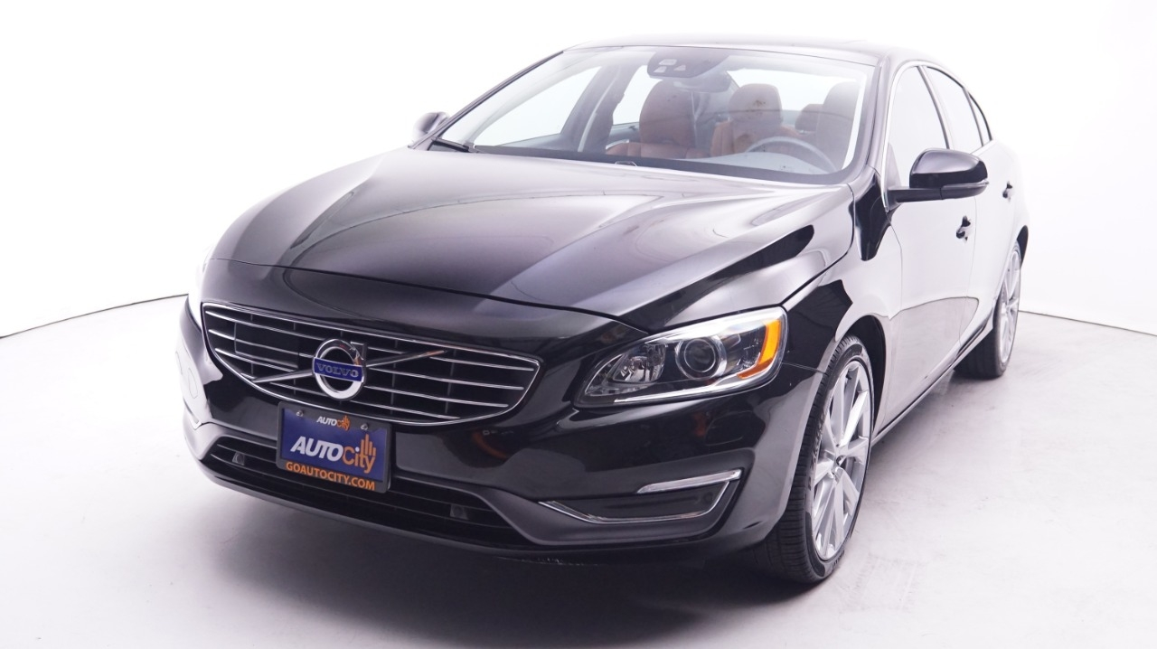 Pre-Owned 2016 Volvo S60 Inscription T5 Drive-E Platinum